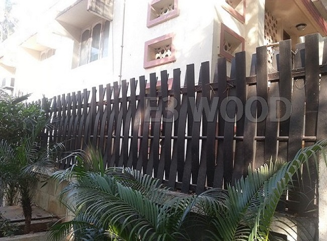 Highly durable WPC picket fence